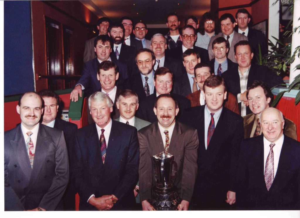 Members of the 1975 teams on the occasion of the 20th anniversary in 1995.